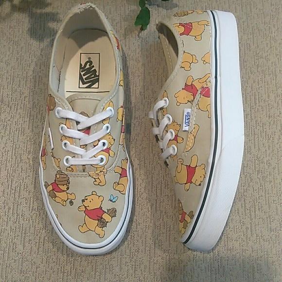 winnie the pooh vans size 6
